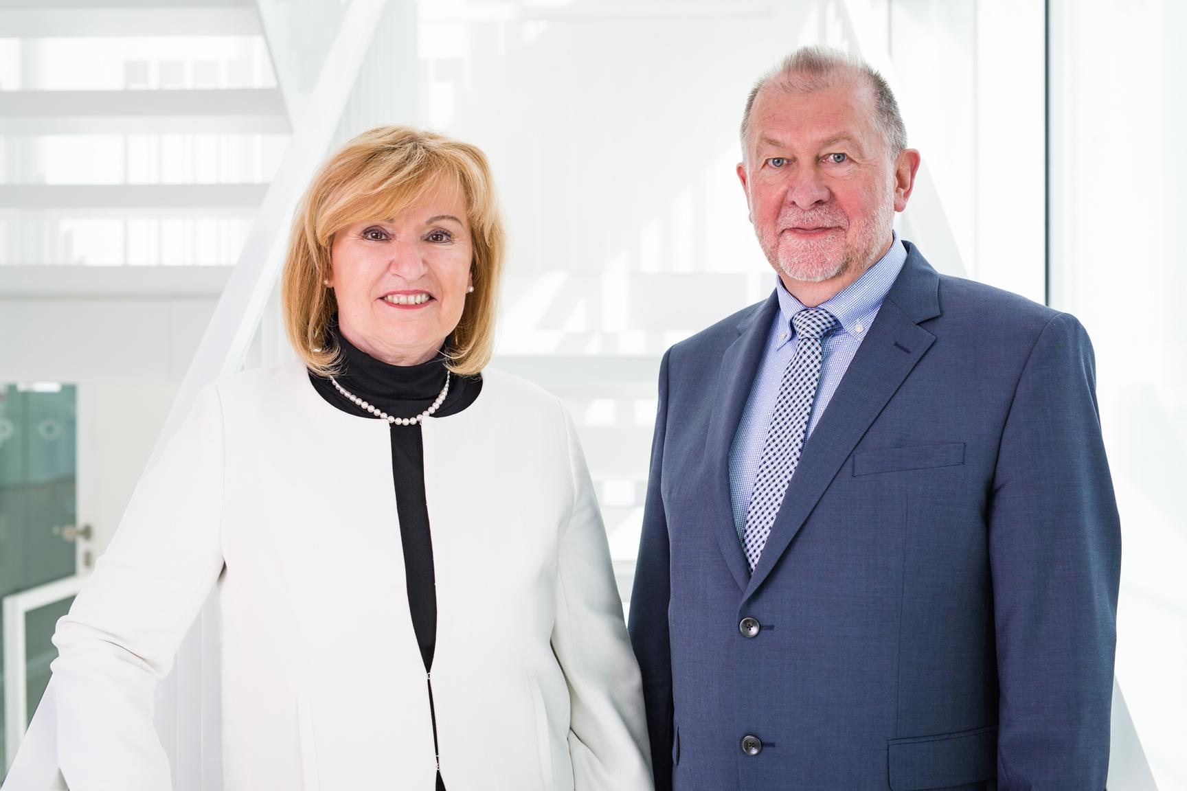 Dr. Daniele Barthel und Prof. Dr. Alfred Nordheim, Vorstände des FLI