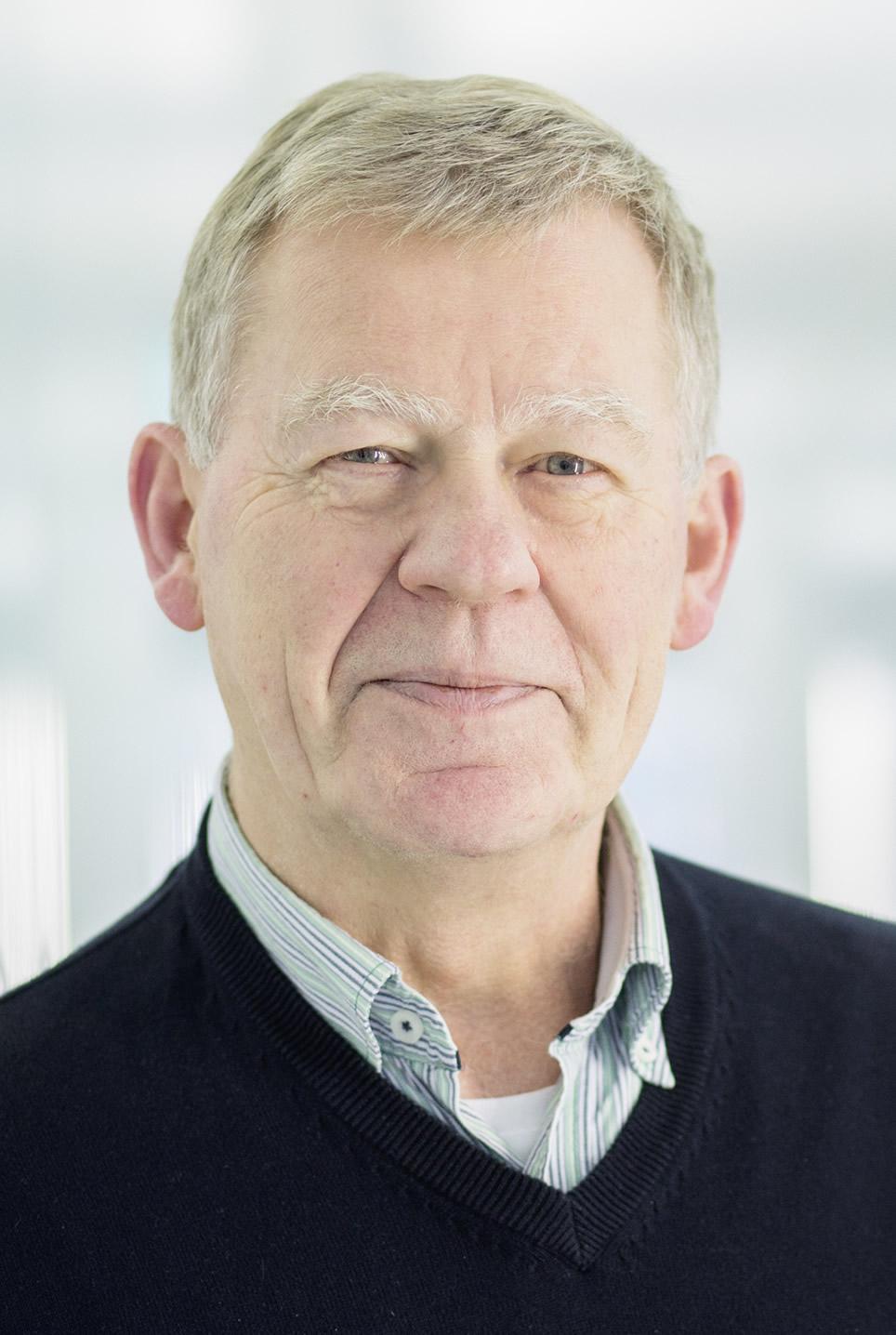 Dr. Jürgen Sühnel